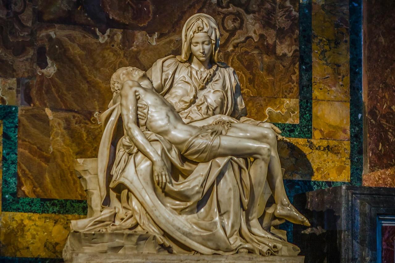梵蒂冈圣彼得大教堂,艺术荟萃_图1-1