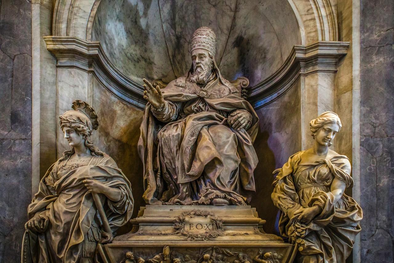 梵蒂冈圣彼得大教堂,艺术荟萃_图1-12