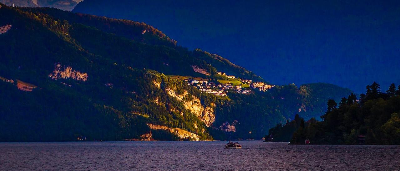 瑞士卢塞恩(Lucerne),湖边山景_图1-4