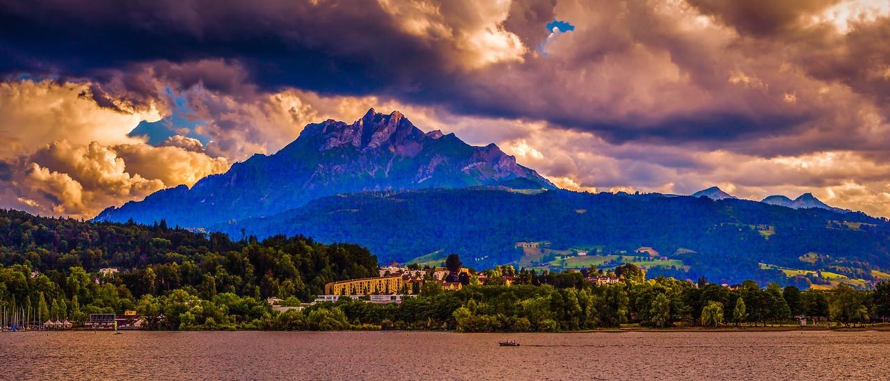 瑞士卢塞恩(Lucerne),湖边山景_图1-1