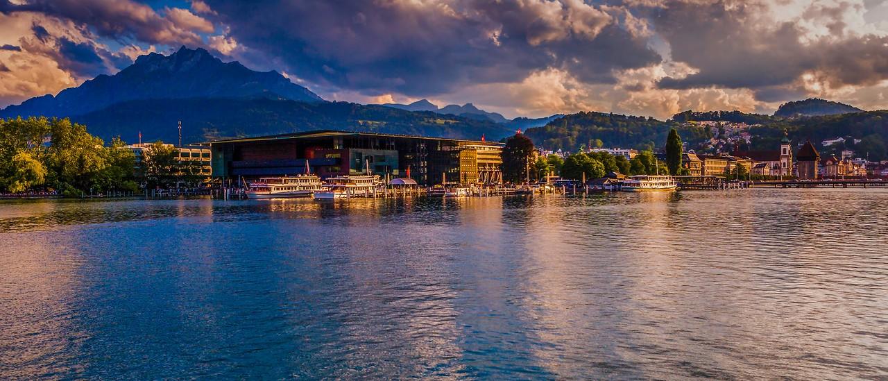 瑞士卢塞恩(Lucerne),湖边山景_图1-12