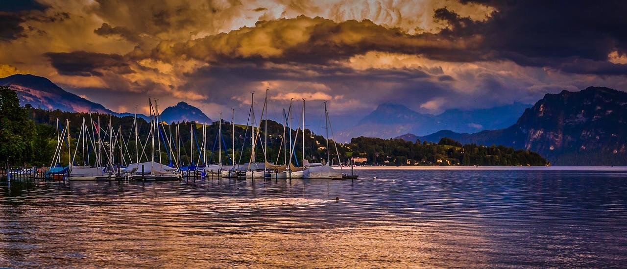 瑞士卢塞恩(Lucerne),湖边山景_图1-15
