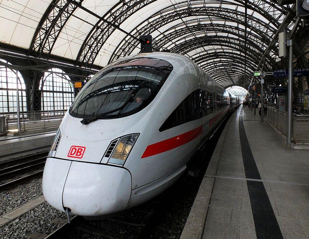 德累斯顿-茨温格宫与中央火车站_图1-34