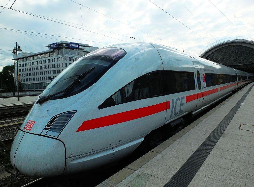 德累斯顿-茨温格宫与中央火车站_图1-36