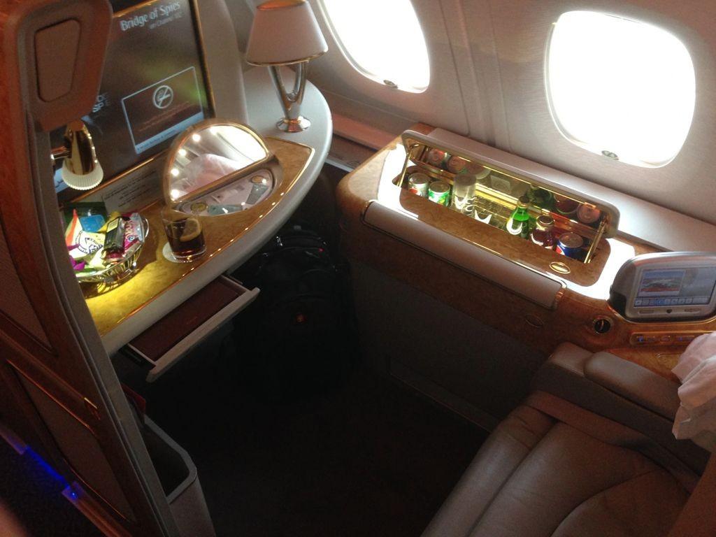 积奇从迪拜飞往悉尼航班头等舱的经历_图1-3