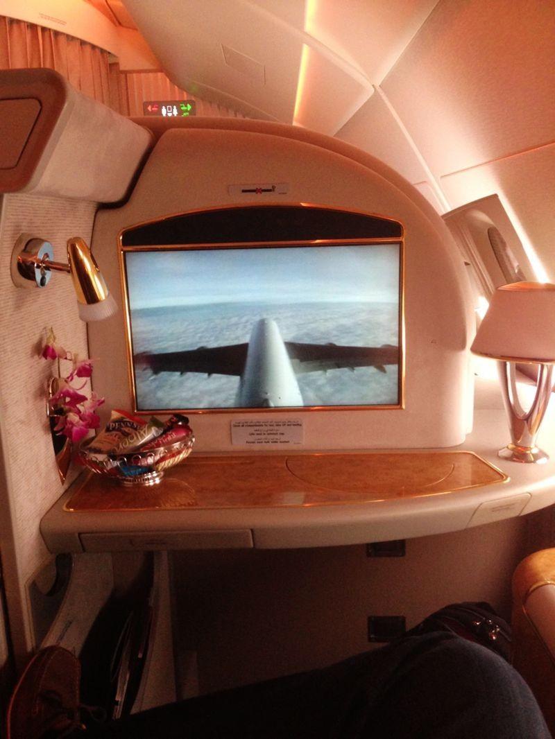 积奇从迪拜飞往悉尼航班头等舱的经历_图1-4