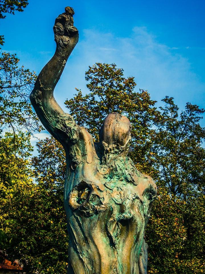 斯洛文尼亚首都卢布尔雅那(Ljubljana),雕塑景观_图1-5