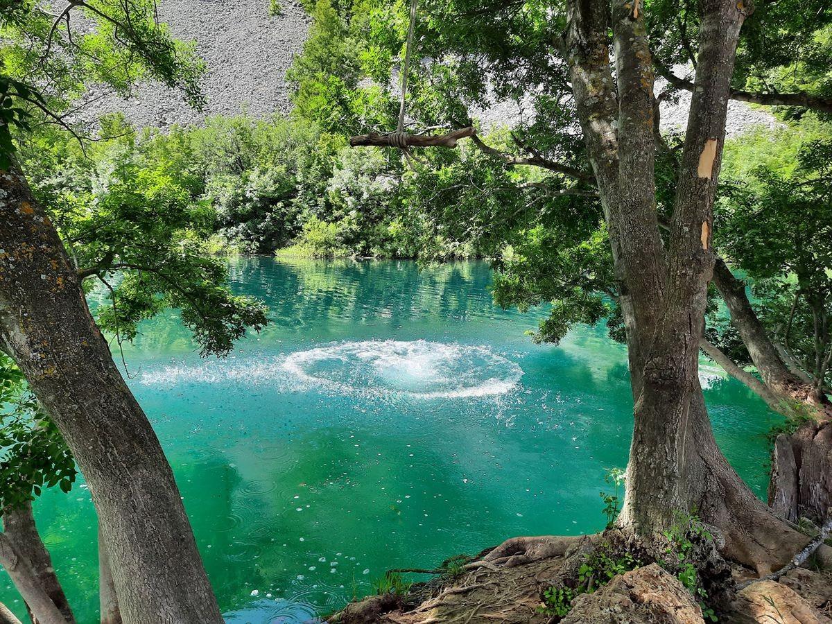 克罗地亚三河形成的湖泊_图1-2