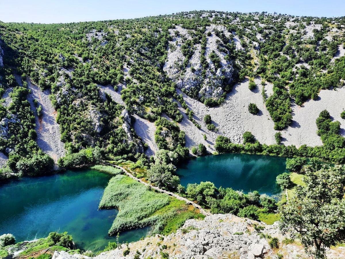 克罗地亚三河形成的湖泊_图1-3