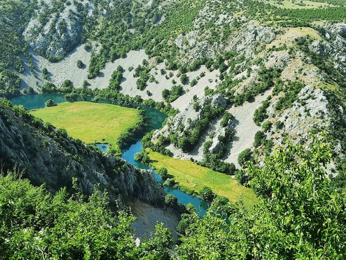 克罗地亚三河形成的湖泊_图1-4
