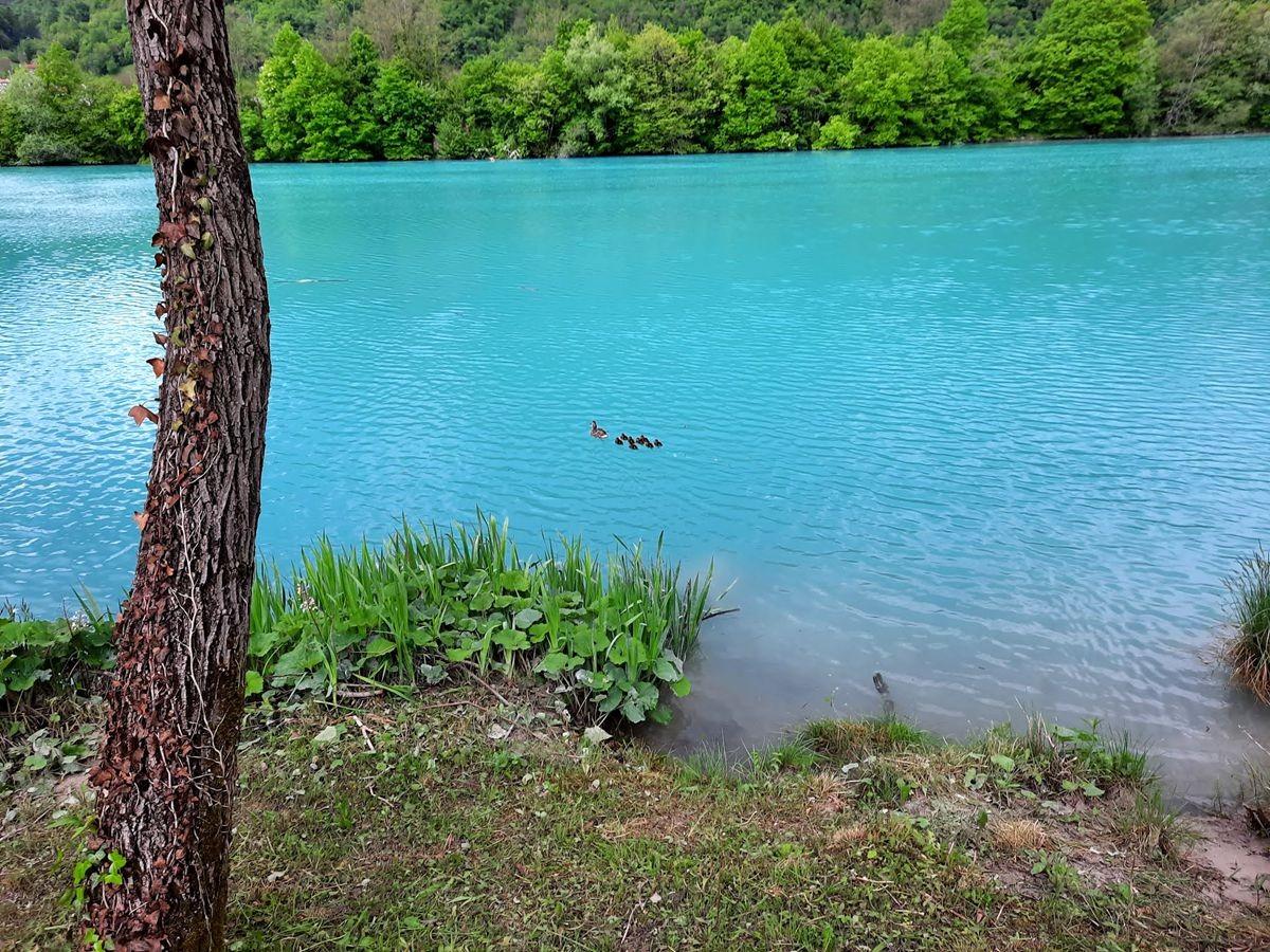 克罗地亚三河形成的湖泊_图1-7