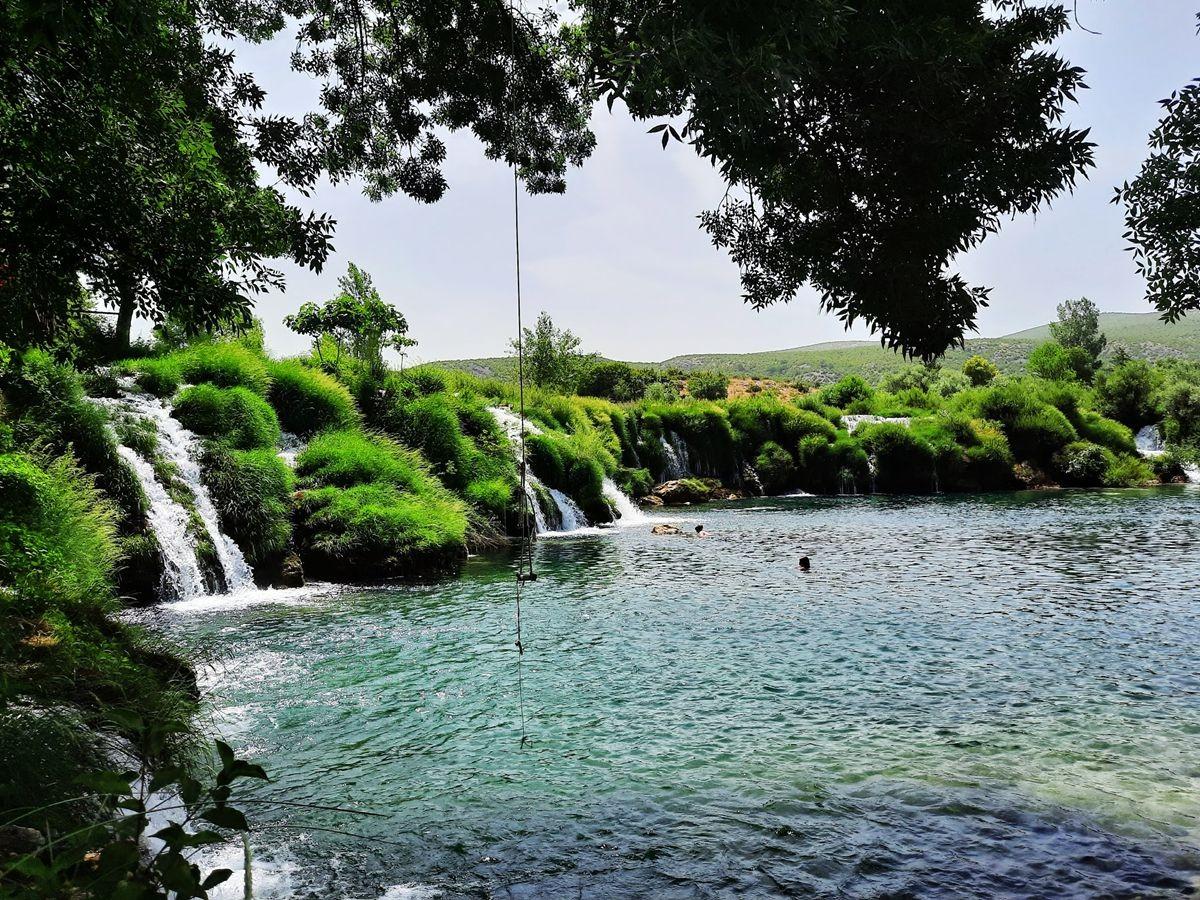 克罗地亚三河形成的湖泊_图1-13