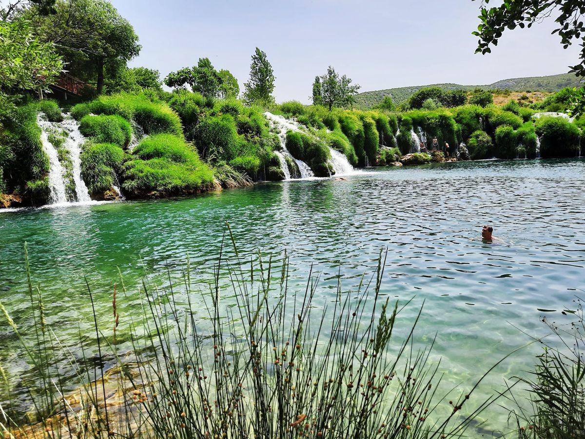 克罗地亚三河形成的湖泊_图1-15