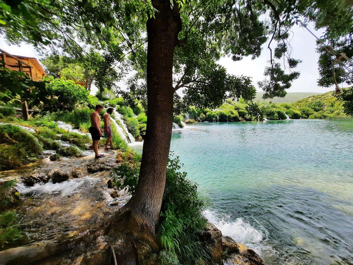 克罗地亚三河形成的湖泊_图1-16