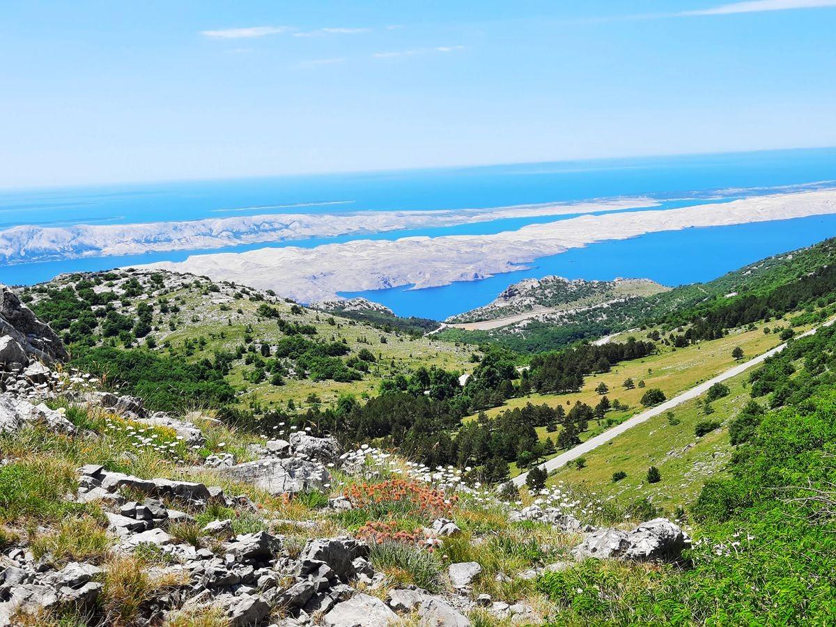 克罗地亚三河形成的湖泊_图1-19
