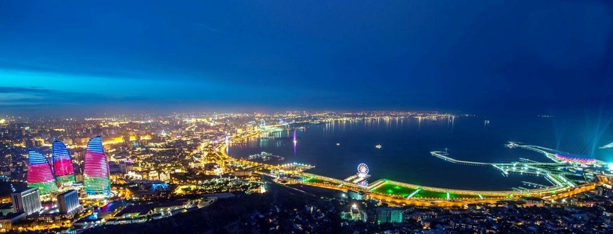 访问阿塞拜疆_图1-3