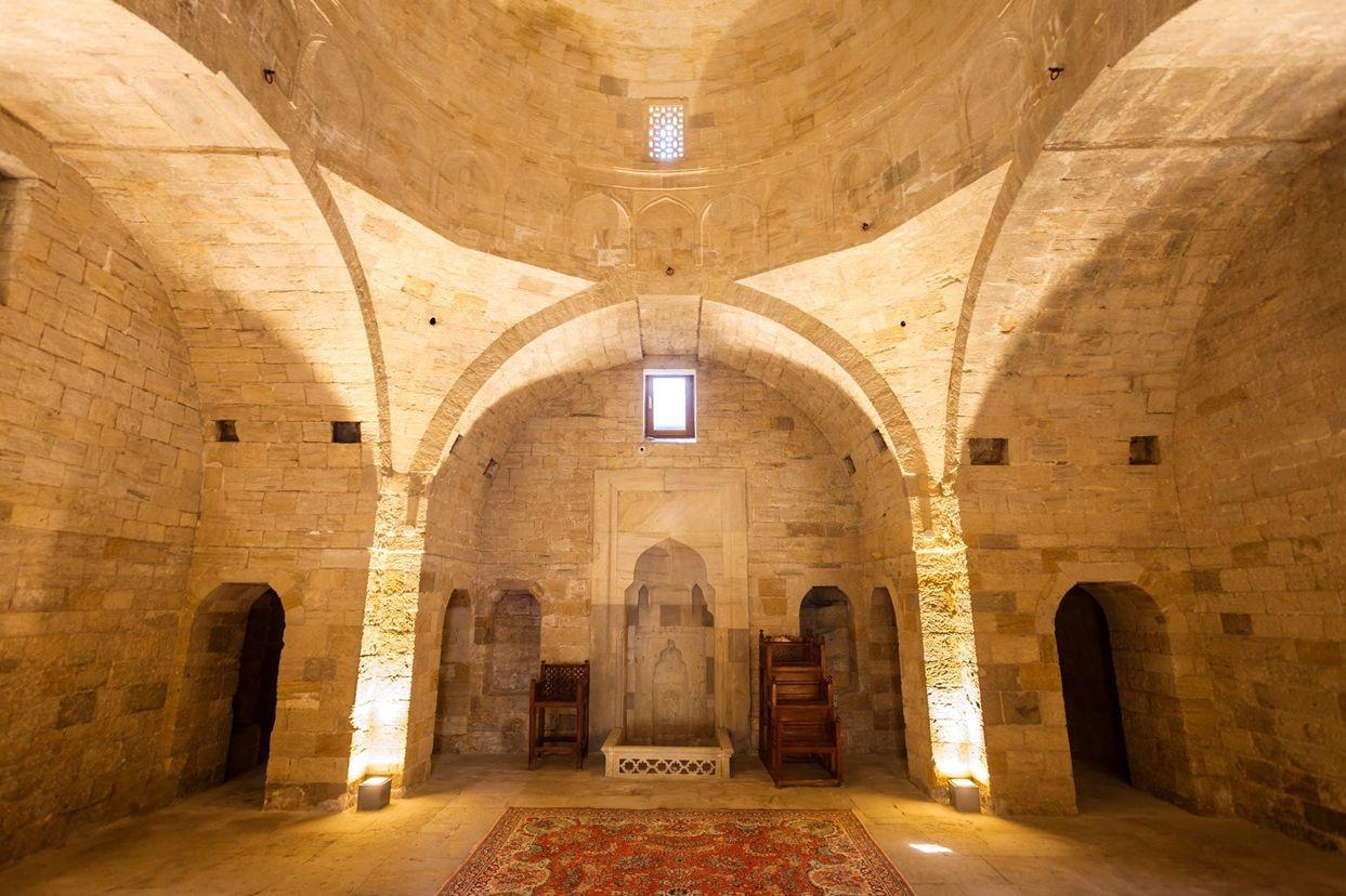 访问阿塞拜疆-2_图1-25