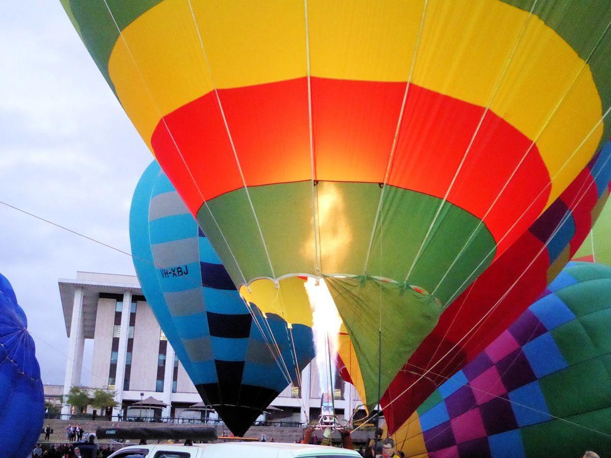 艳丽热气球节_图1-1