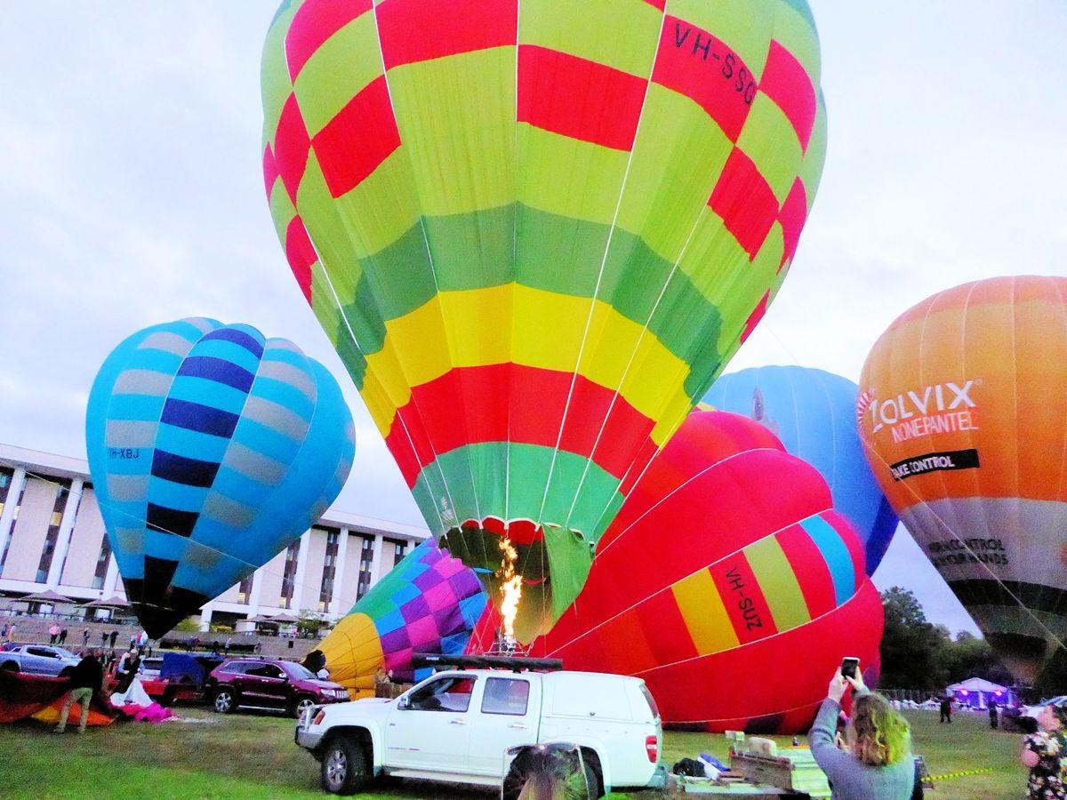 艳丽热气球节_图1-10