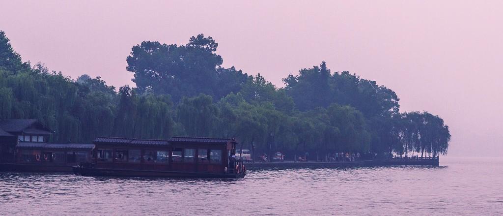 杭州西湖,诗情画意_图1-5