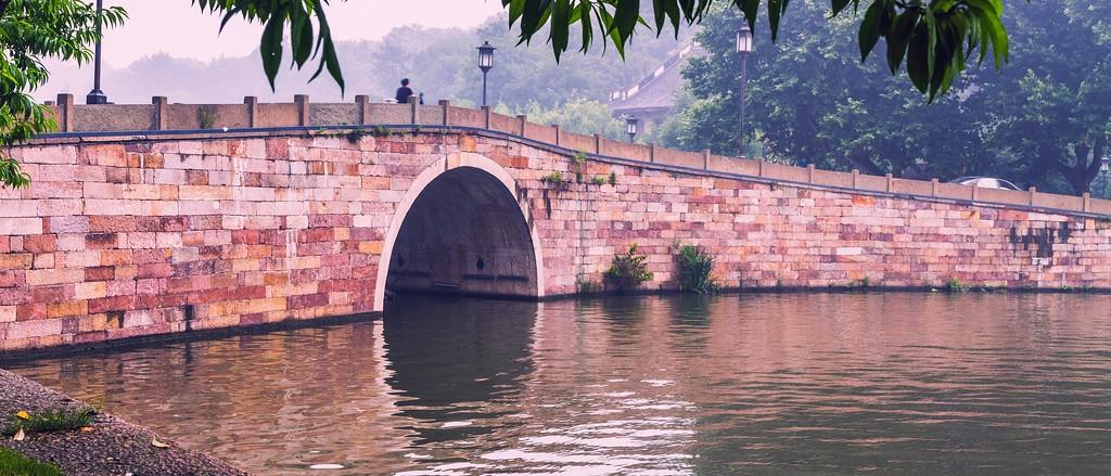 杭州西湖,诗情画意_图1-1