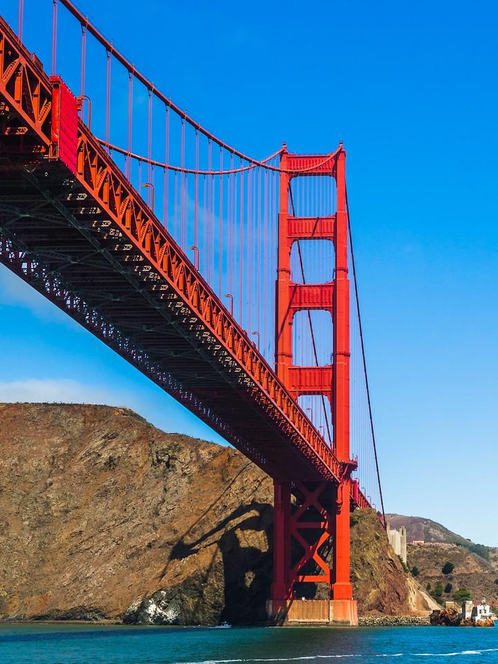 旧金山金门大桥,穿云而过_图1-7