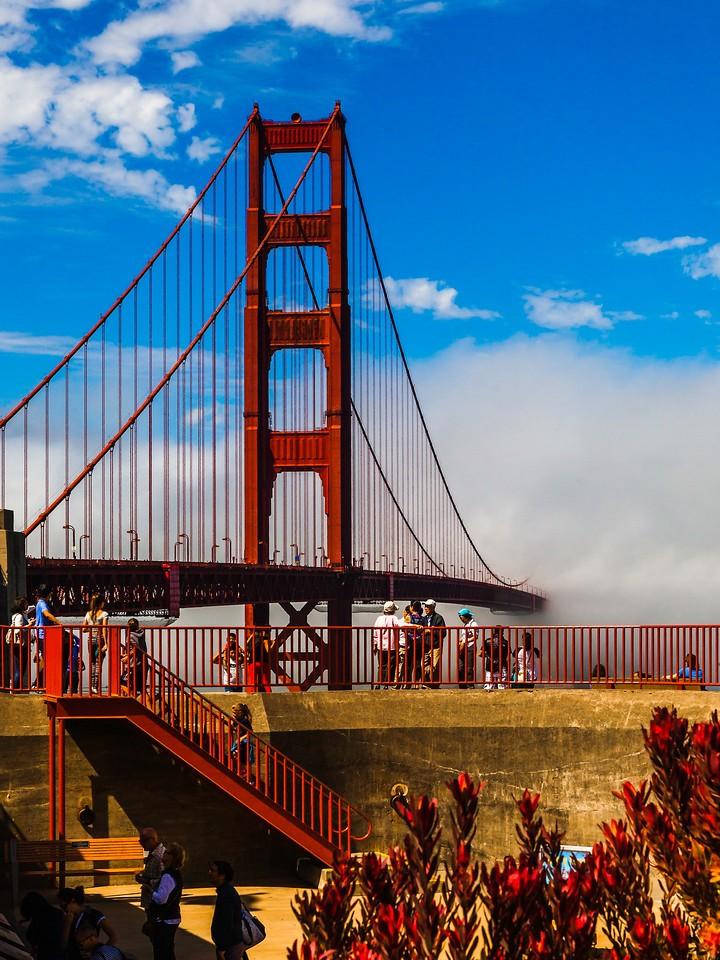 旧金山金门大桥,穿云而过_图1-9