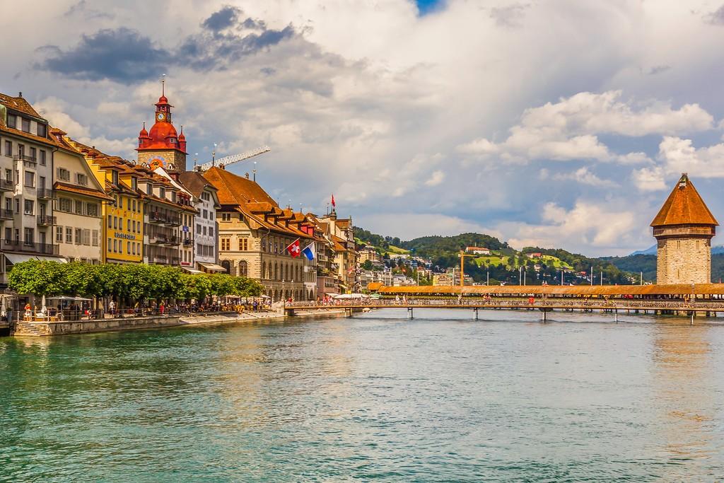 瑞士卢塞恩(Lucerne),湖边景色_图1-16
