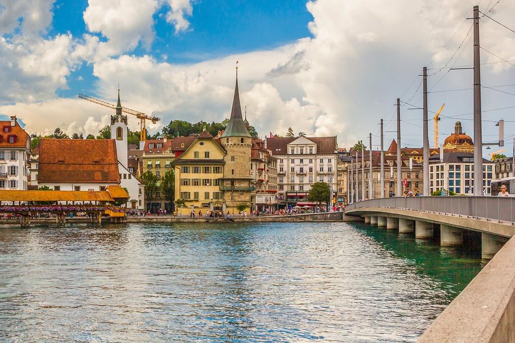 瑞士卢塞恩(Lucerne),湖边景色_图1-5