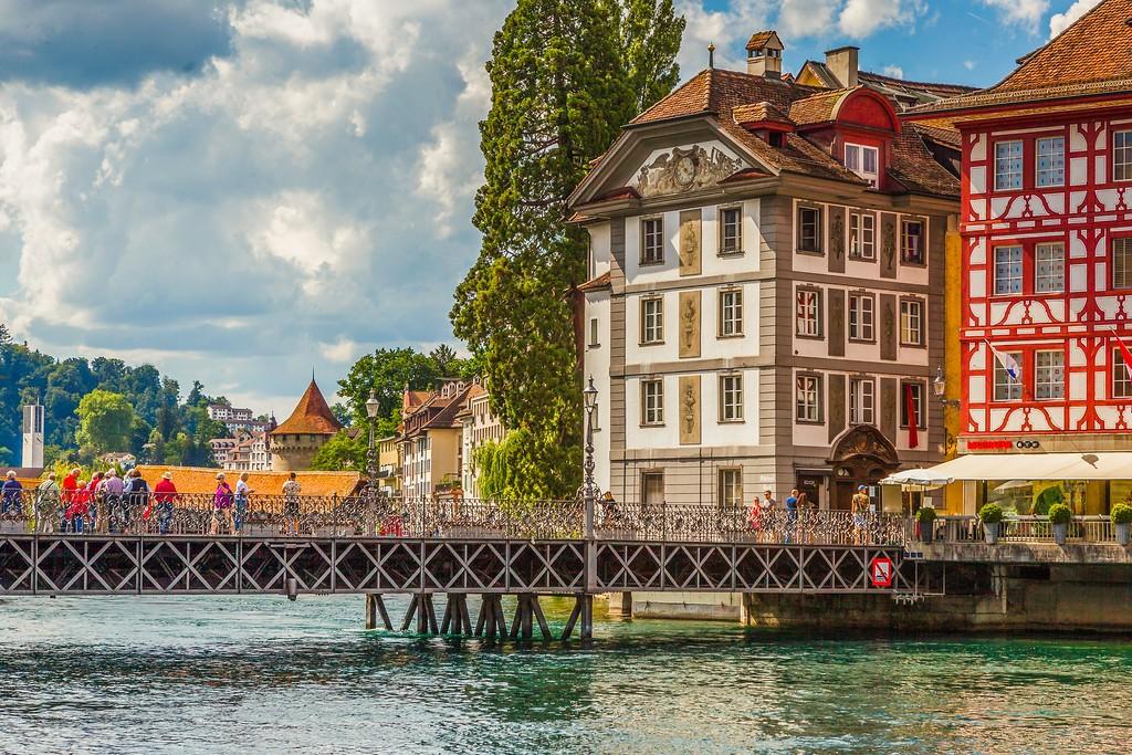 瑞士卢塞恩(Lucerne),湖边景色_图1-12