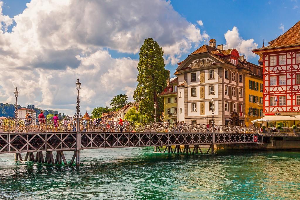 瑞士卢塞恩(Lucerne),湖边景色_图1-11