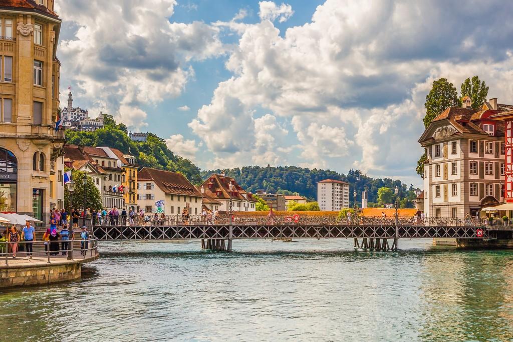 瑞士卢塞恩(Lucerne),湖边景色_图1-8