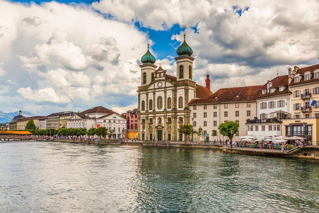 瑞士卢塞恩(Lucerne),湖边景色_图1-7