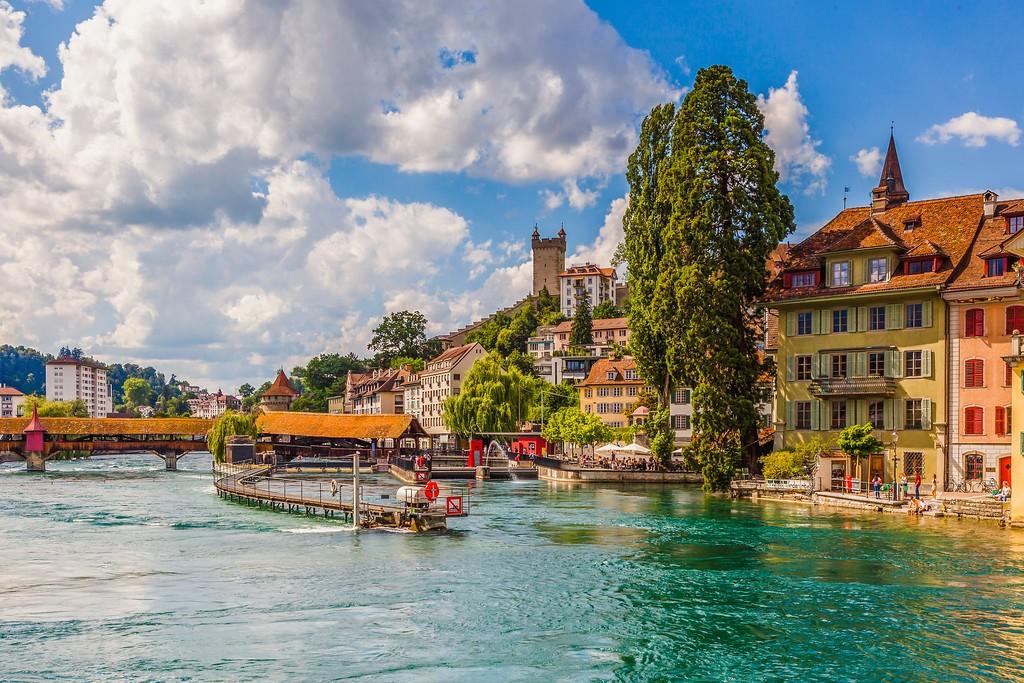 瑞士卢塞恩(Lucerne),湖边景色_图1-6