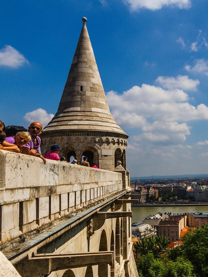 匈牙利马加什教堂,地标建筑_图1-3