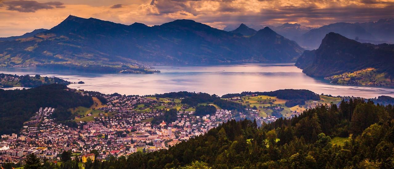 瑞士卢塞恩(Lucerne),湖中小岛_图1-8