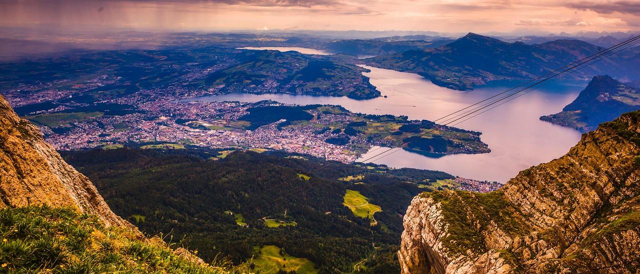 瑞士卢塞恩(Lucerne),湖中小岛_图1-10