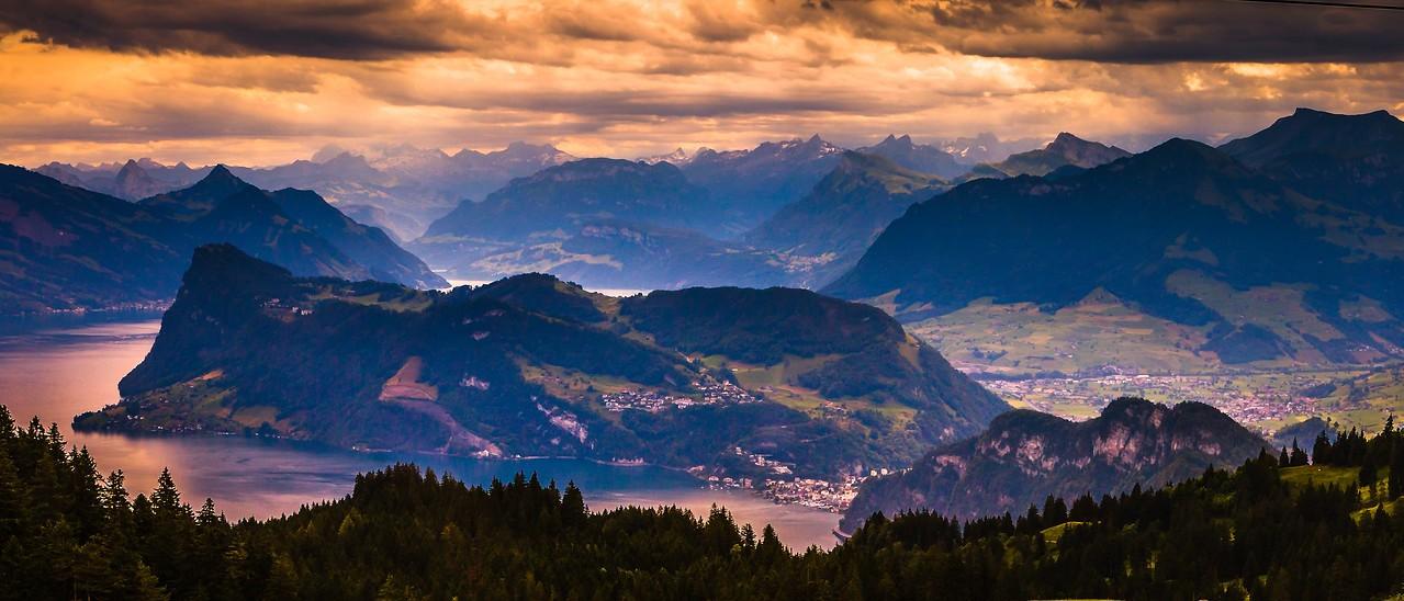 瑞士卢塞恩(Lucerne),湖中小岛_图1-5