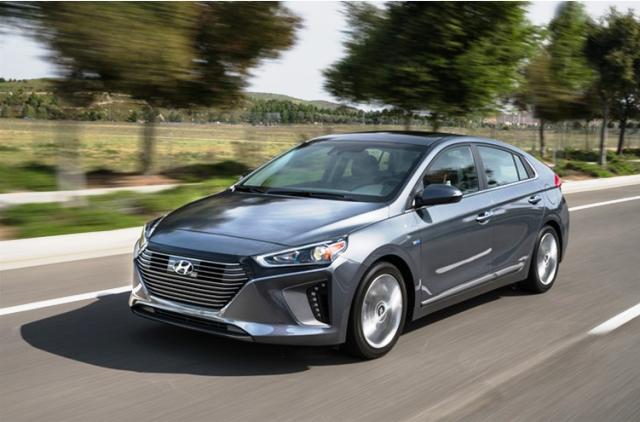 【视频】现代汽车2017Ioniq油电混合以及电动车款即将在美国市场上市