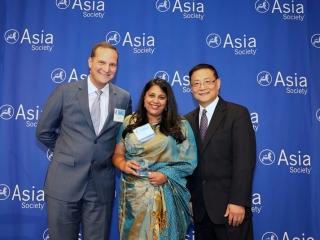 亚洲协会调查探究亚裔美国人在美国职场中面临的障碍