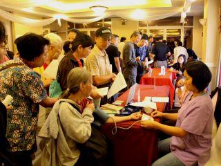 9月23日法拉盛华人健康节-美国华人医师会免费咨询免费体检免费礼品