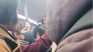 遇交通管制 秦岚挤地铁参加春晚联排
