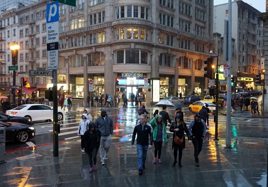 冬天到三藩来看雨