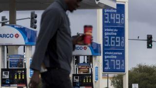 全美平均油价小幅上涨