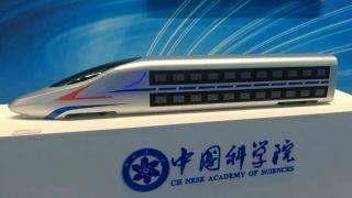 中国未来双层高铁动车曝光:时速350km没问题(图)