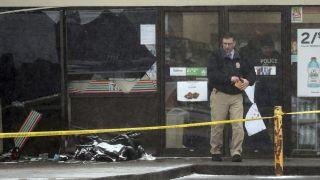 一言不合,纽约男子竟车撞一家8口,怀孕母亲身亡