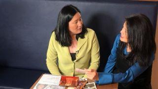 不知彼此存在近半世纪 韩裔姐妹奇迹相见 欲共寻生父母