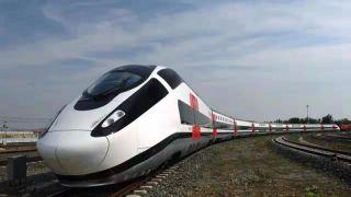 中国首列可变编组动车组完成试验