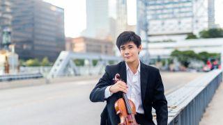 中国小提琴家于翔连获两项林肯中心音乐大奖