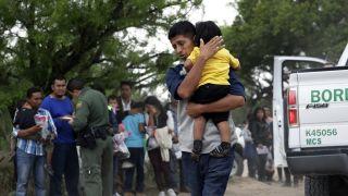 边境逮捕人数创12年来最高 川普移民政策日趋强硬